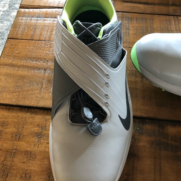 best cheap d96ee 1ccc3 Nike Zoom TW17 Golf Shoes. M 5a4cf7a3a825a64be901497d